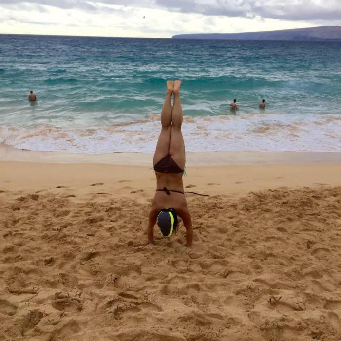 Paleo Catwon Handstand Maui