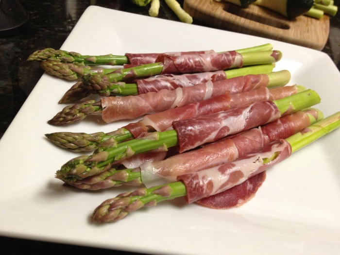 Paleo Catwon Prosciutto Wrapped Asparagus