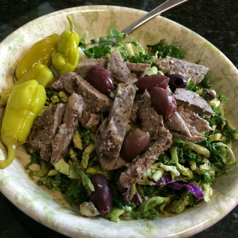 Paleo Catwon - Creamy Avo Salad Dressing