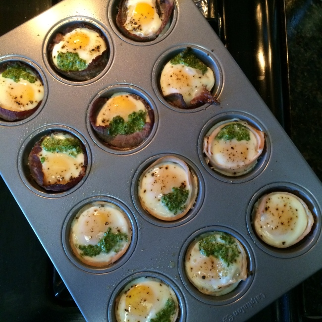 EASY Pesto Egg Muffins  (Turkey, Roast Beef, Smoked Salmon) - Paleo Catwon